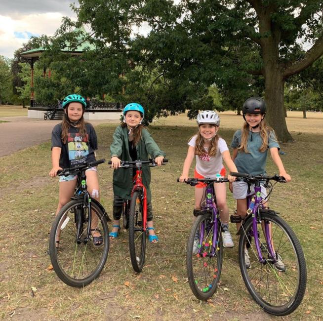 Frog Bikes' Leading Ladies